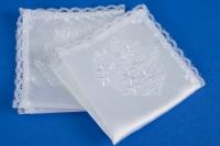 Белые атласные платочки на свадьбу №7