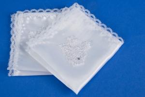 Белые атласные платочки на свадьбу №3