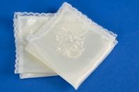 Бежевые атласные платочки на свадьбу №4
