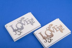Свадебная подставка Love