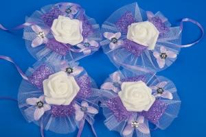 Фиолетовые бутоньерки на свадебную машину №3