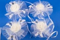 Белые бутоньерки на свадебную машину №2