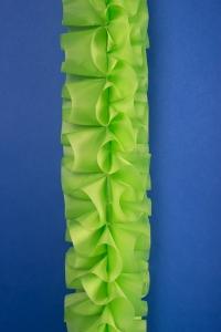 Свадебная зеленая лента-жатка на машину №1