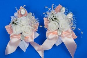 Персиковые бутоньерки на свадьбу №32