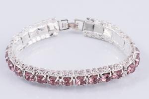 Браслет с розовыми камнями - прямой