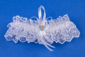 Белая свадебная подвязка на ногу №3