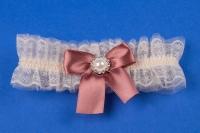 Подвязка на свадьбу пудровая №25