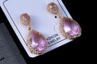 Розовые маленькие сережки с цирконом №4