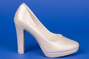 Свадебные  бежевые туфли на платформе