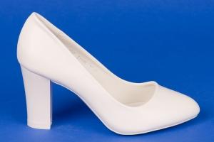 Белые свадебные туфли на среднем каблуке