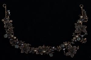 Гибкая диадема с черными камнями №44